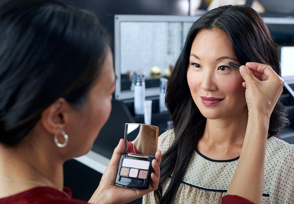 An Artistry makeup demo.