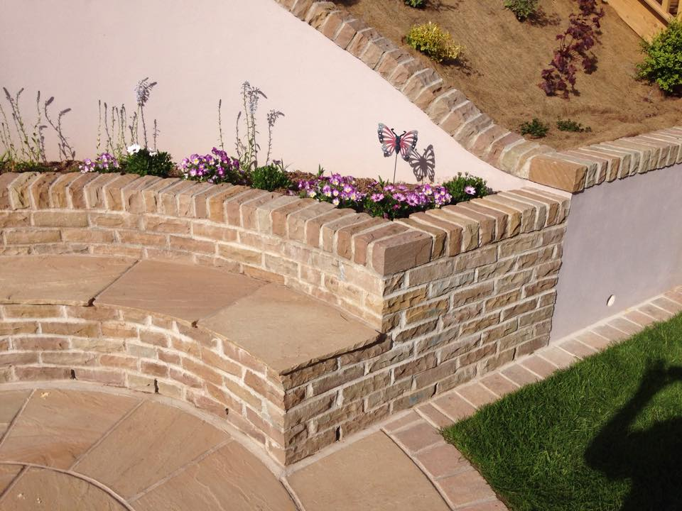 Decorative facing stone