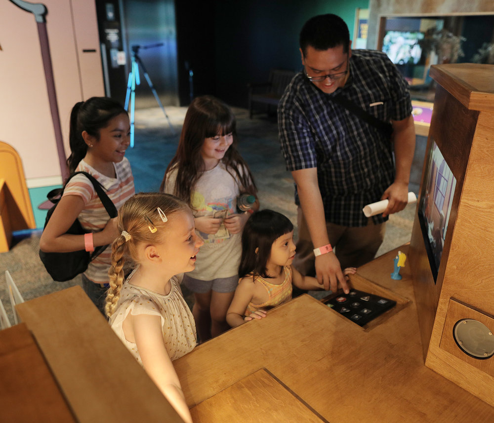 Parent and kids with Stop Motion Station.jpg