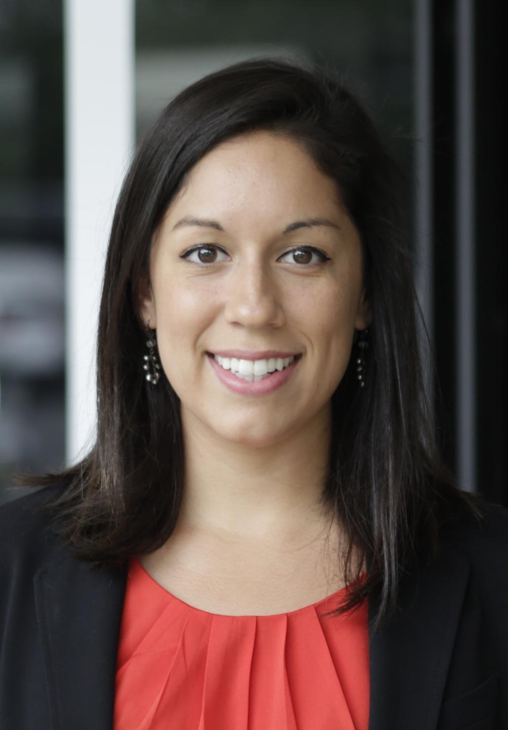 Jane Santa Cruz Analyst, HR&A Advisors > Q&A with Jane