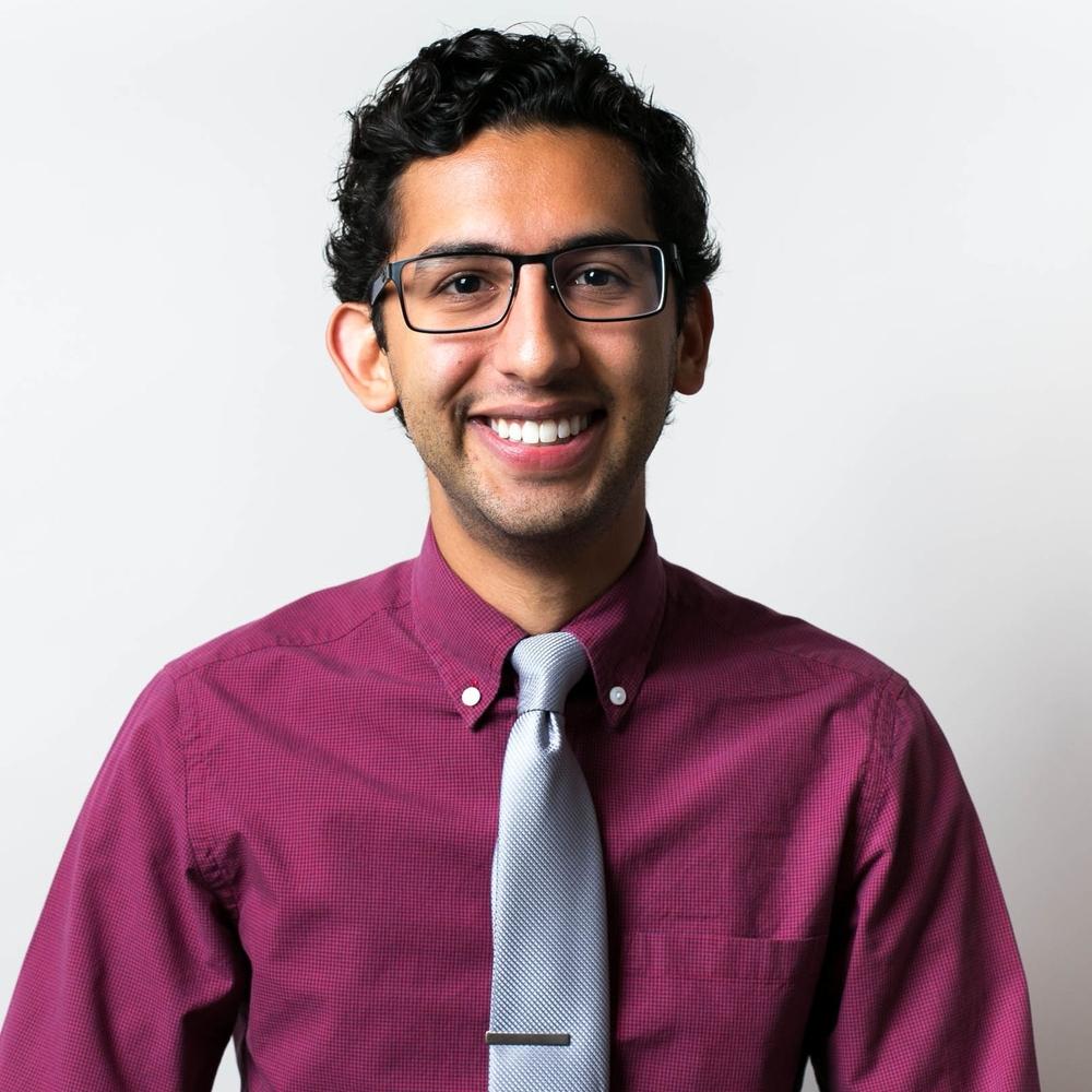 Christian Ayala  Solutions Engineer, Dialexa