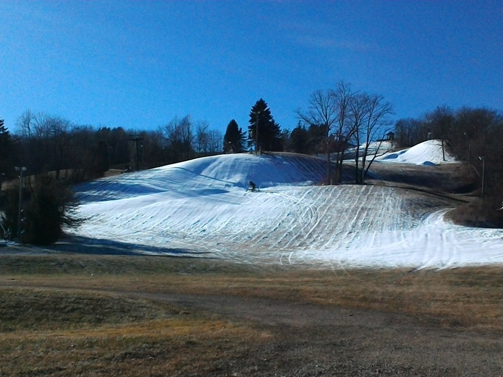12/6/17- clear & sunny skies, cold in the forecast- skiing is right around the corner!