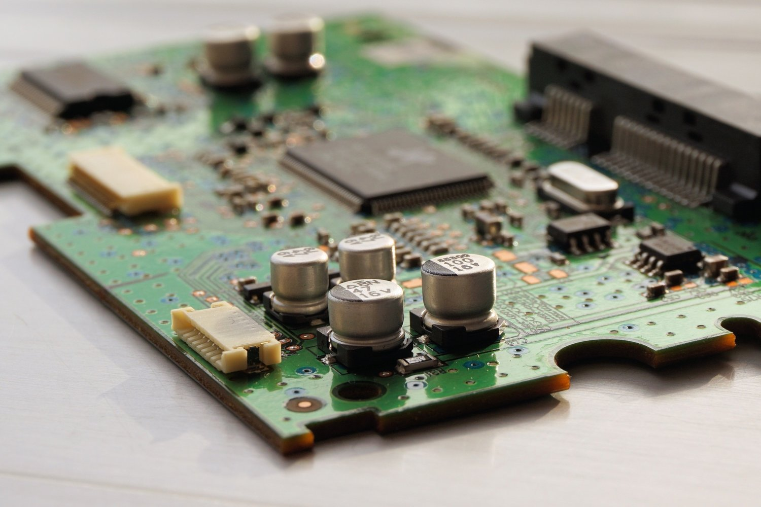 Services Leaflabs Electronic Circuit Design Process We Have Experience With The Entirety Of Pcb From Early Prototypes To