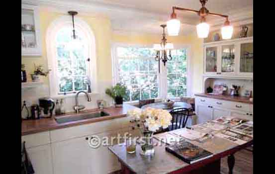 10_Merr_kitchen_WithRoses2012A.jpg