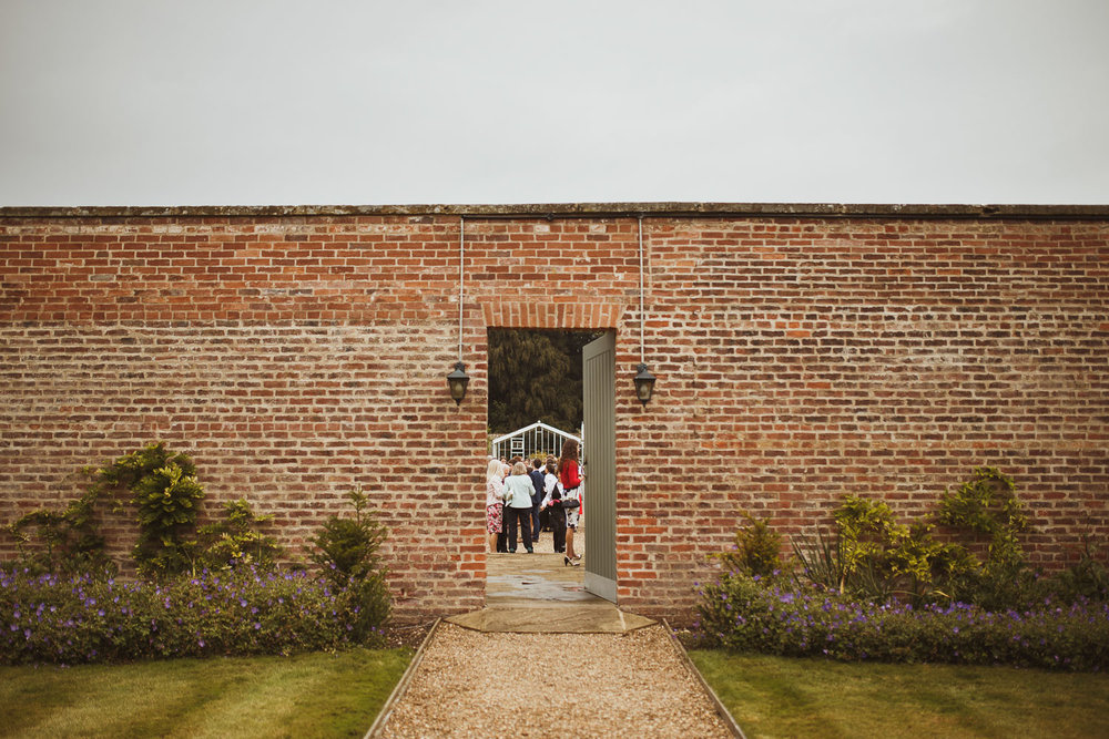 secret garden dalton estate wedding photographer-10.jpg