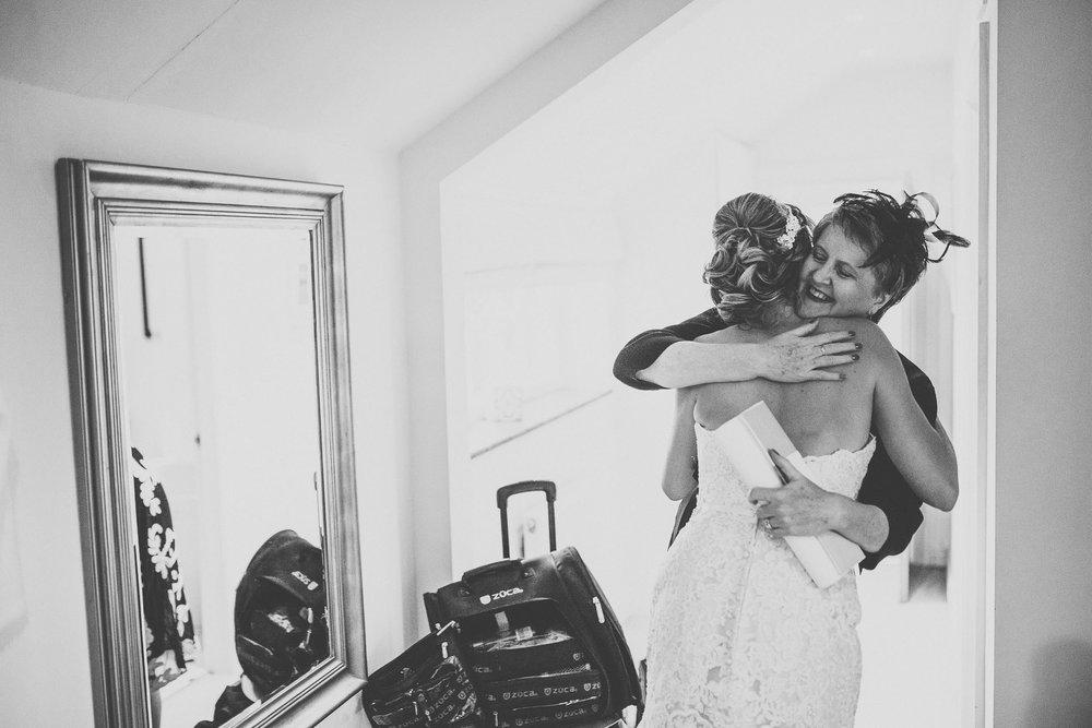hilltop country house wedding photographer-24.jpg