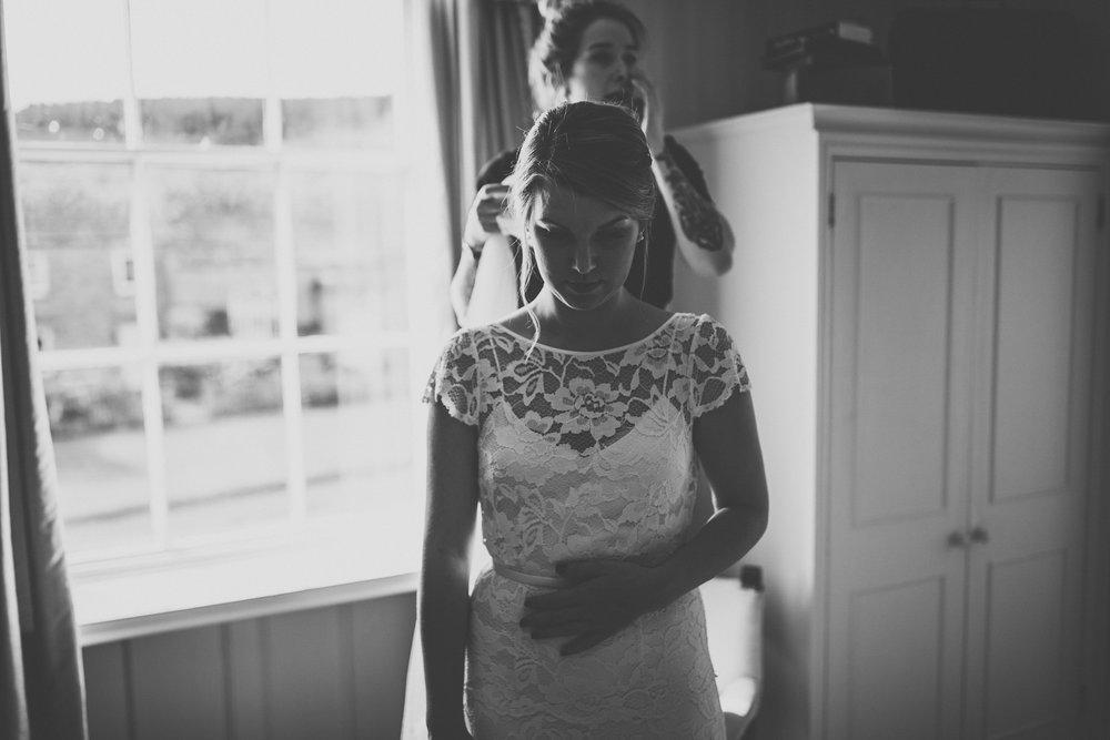 blue_lion_yorkshire_wedding_photographer-33.jpg