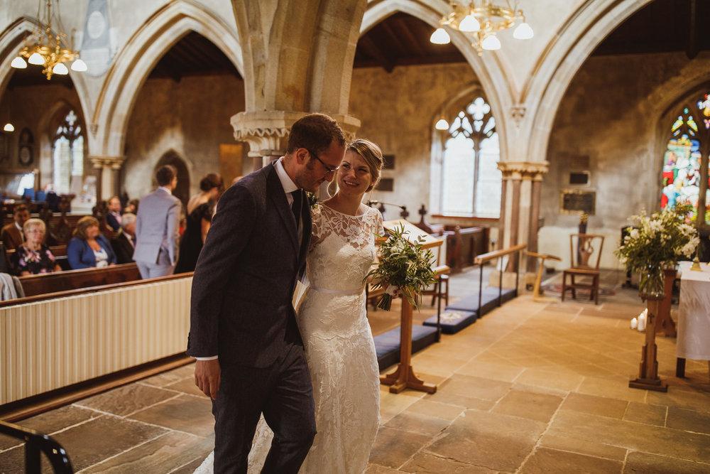 blue_lion_yorkshire_wedding_photographer-46.jpg