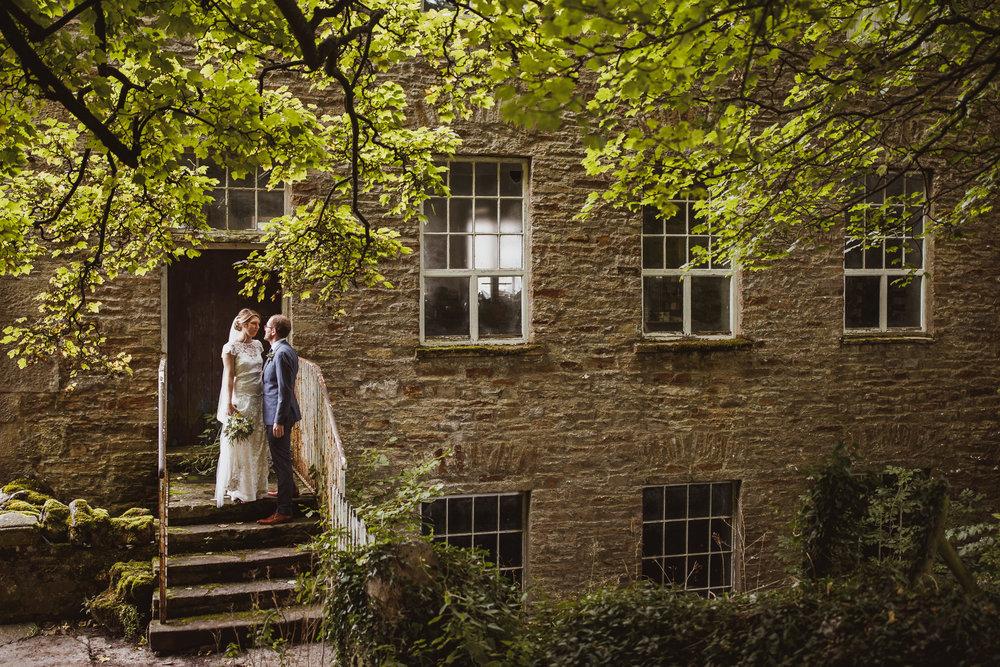 blue_lion_yorkshire_wedding_photographer-55.jpg