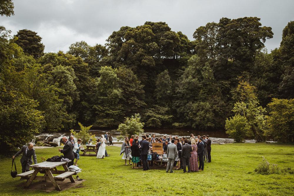 blue_lion_yorkshire_wedding_photographer-59.jpg