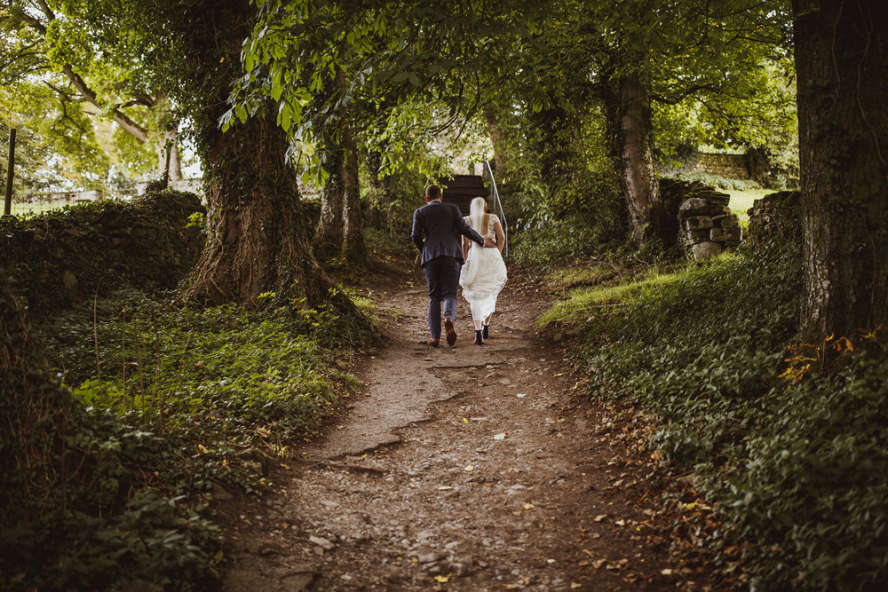 blue_lion_yorkshire_wedding_photographer-68.jpg