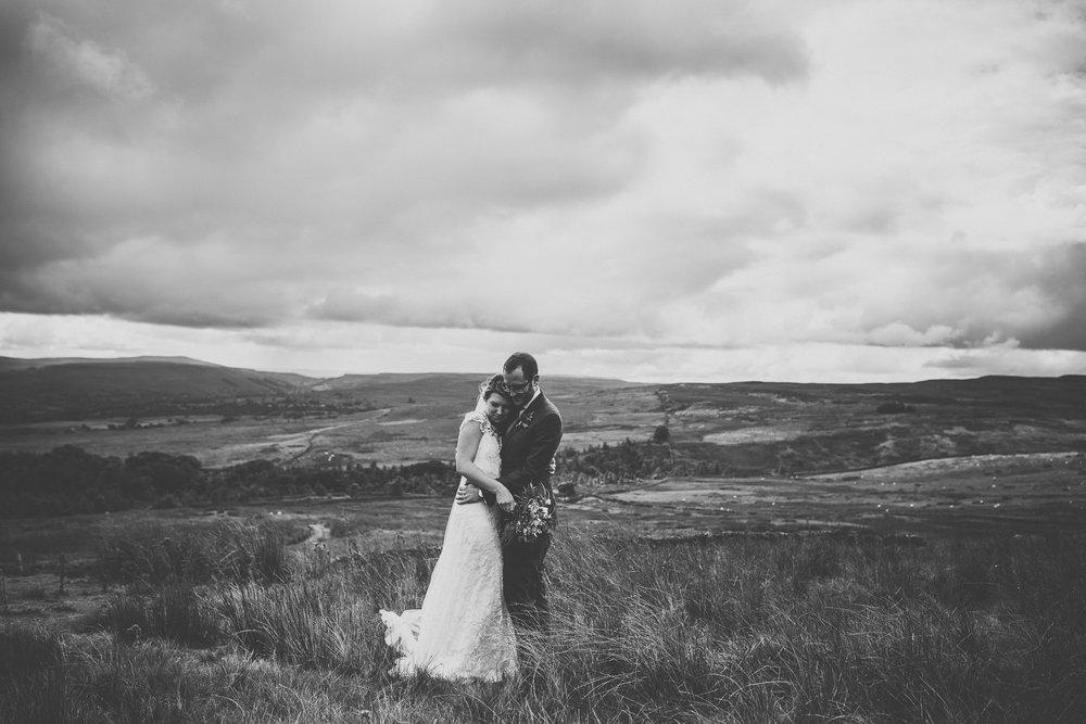blue_lion_yorkshire_wedding_photographer-70.jpg