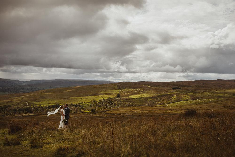 blue_lion_yorkshire_wedding_photographer-72.jpg