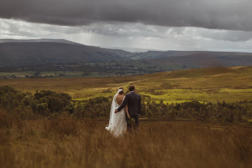 blue_lion_yorkshire_wedding_photographer-73.jpg