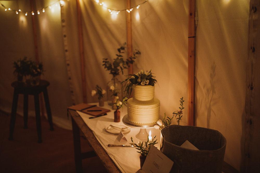 blue_lion_yorkshire_wedding_photographer-107.jpg