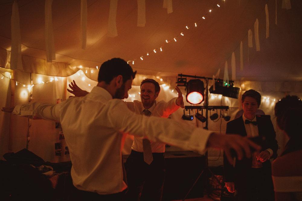 blue_lion_yorkshire_wedding_photographer-115.jpg