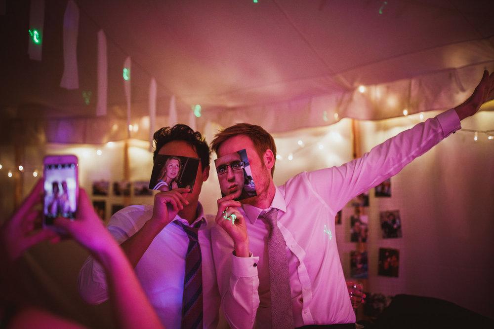 blue_lion_yorkshire_wedding_photographer-119.jpg