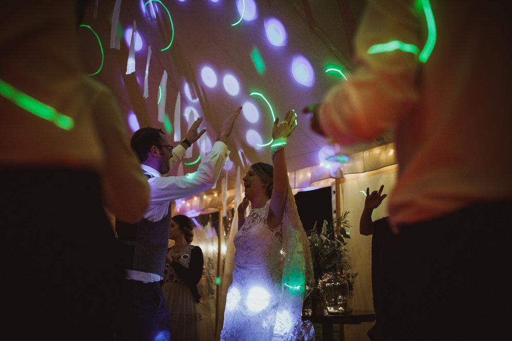 blue_lion_yorkshire_wedding_photographer-124.jpg
