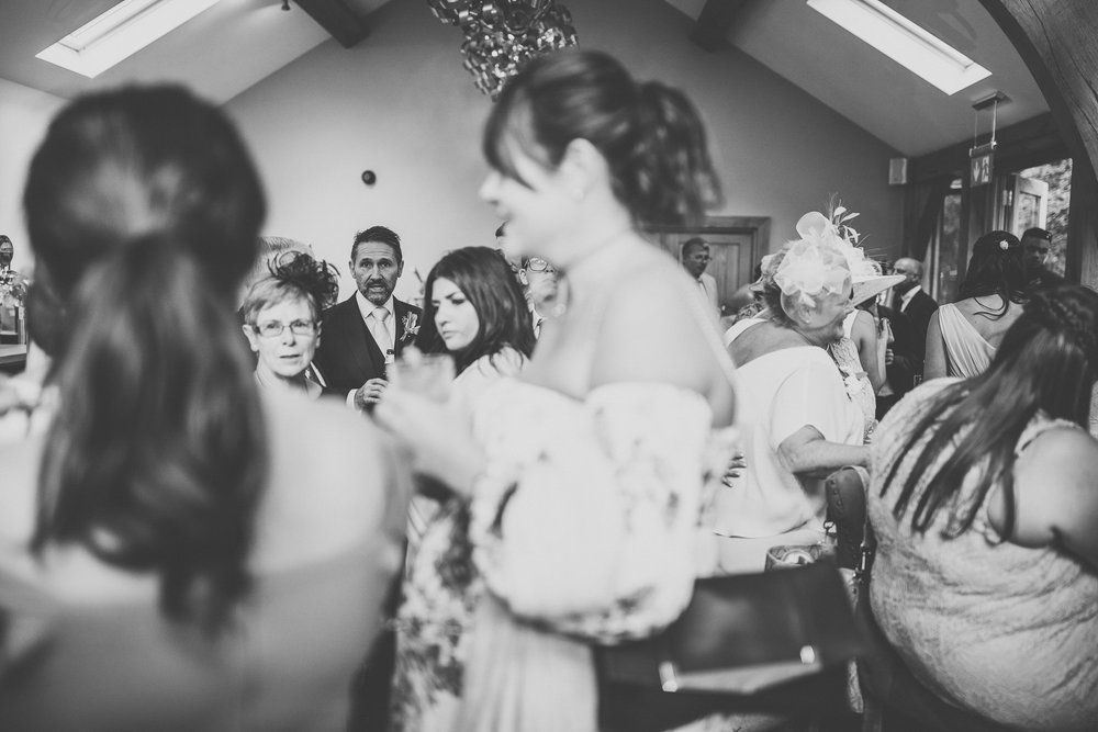woodman_inn_thunderbridge_wedding_photographer-71.jpg