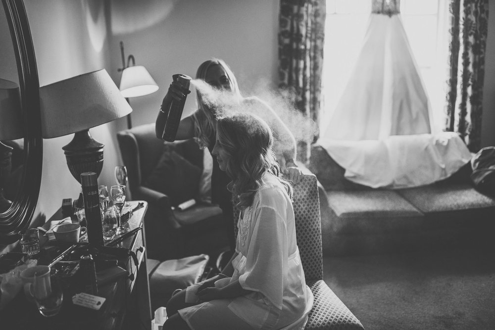 black_swan_helmsley_wedding_photographer-11.jpg