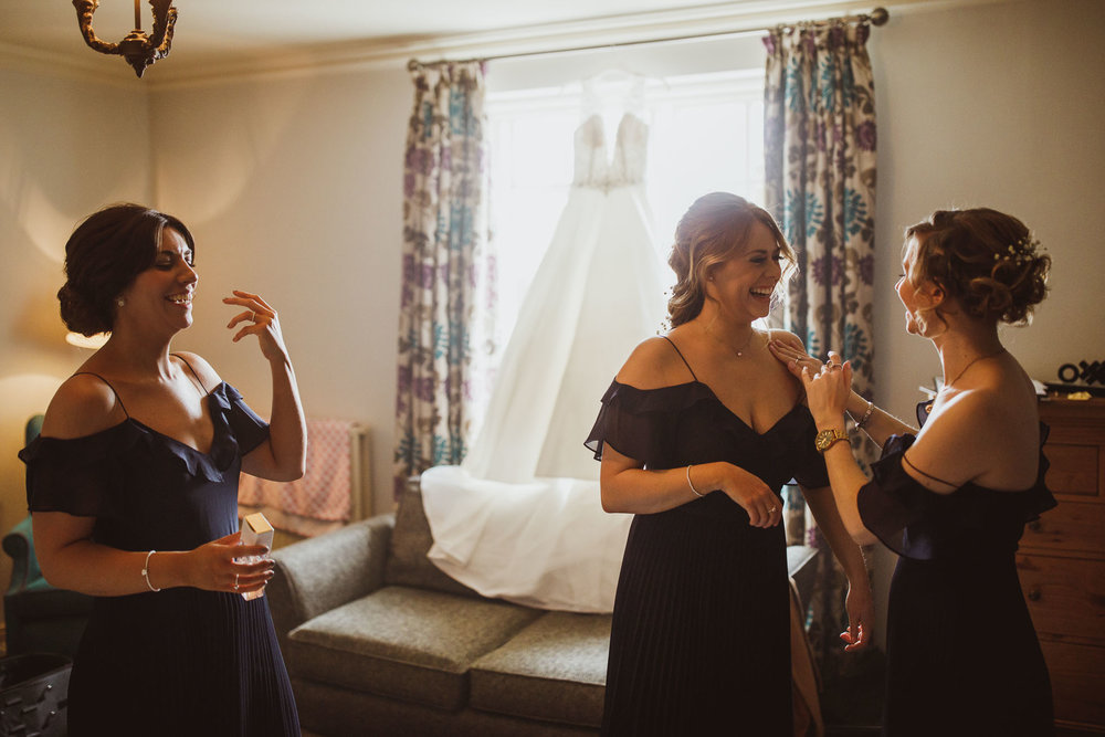 black_swan_helmsley_wedding_photographer-13.jpg