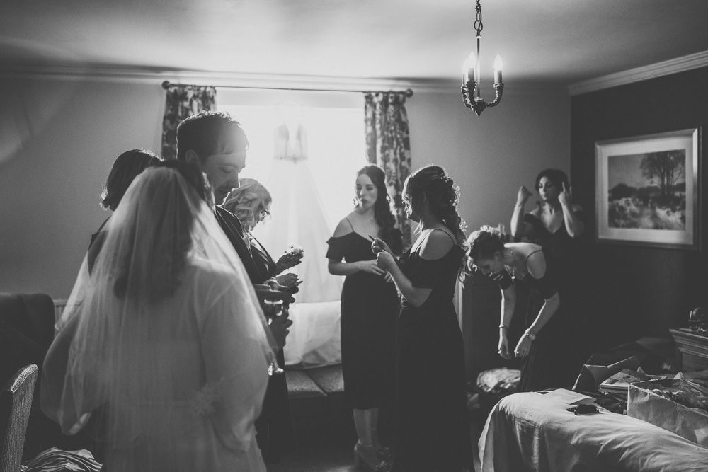 black_swan_helmsley_wedding_photographer-15.jpg