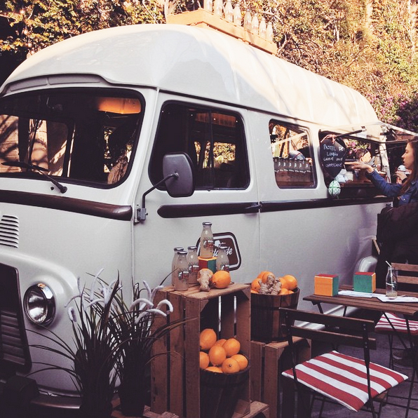 Finding moments of inspiration in big bustling cities like Barcelona. These retro juice trucks at the Palo Alto maket in are foodie heaven.