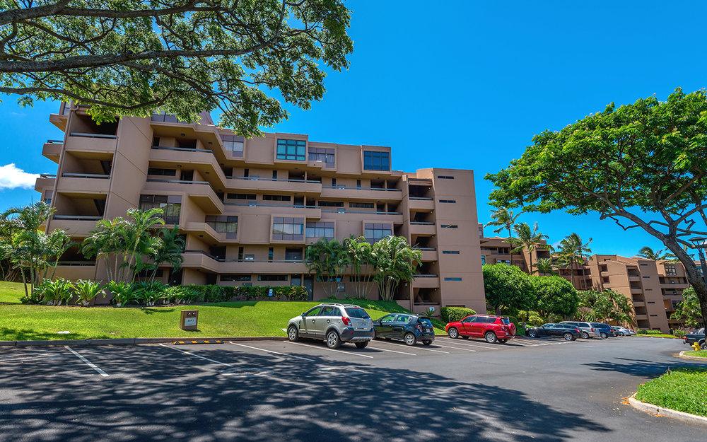 Kahana-Villa-Maui-Condos-17-Parking.jpg