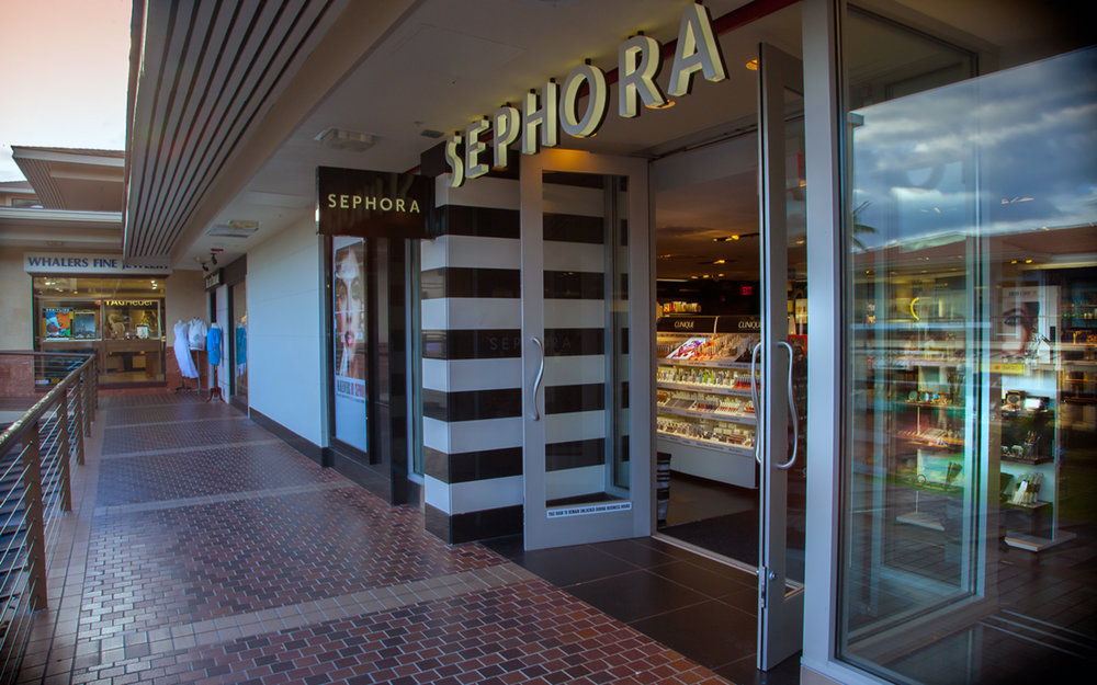 Whaler-Kaanapali-Maui-Vacation-Condo-Rentals-6-Shops-Sephora.jpg