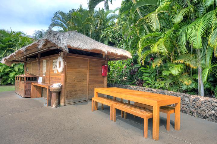 Aina-Nalu-Maui-Vacation-Condos-H108-17.jpg