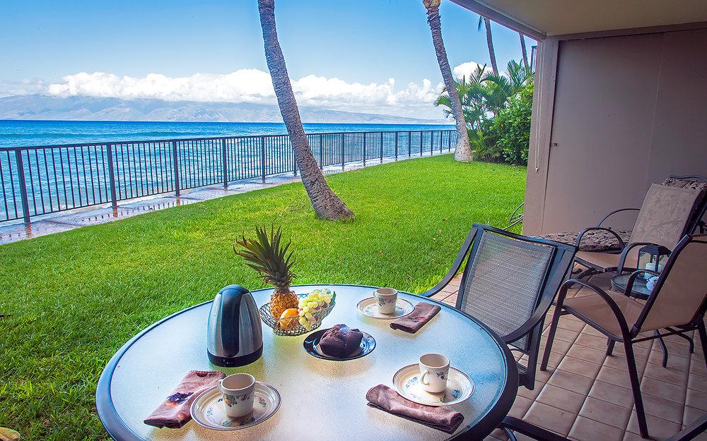 Honokowai-Vacation-Rentals-Maui-Hale-Ono-Loa-121-1-lanai-1.jpg