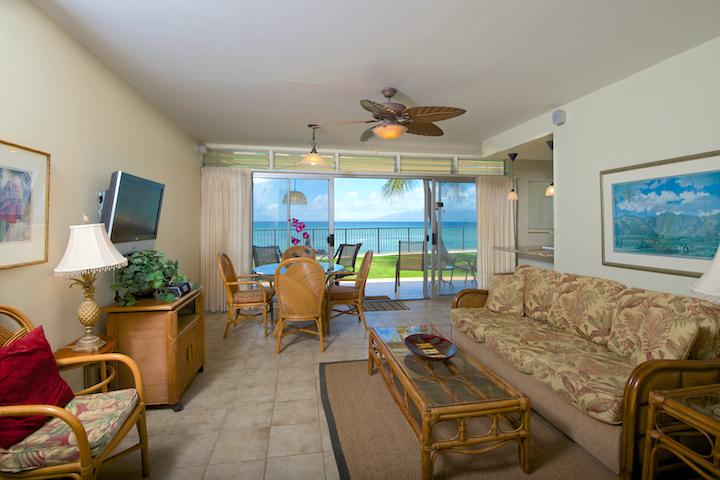 Honokowai-Vacation-Rentals-Maui-Hale-Ono-Loa-121-5-living-2.jpg