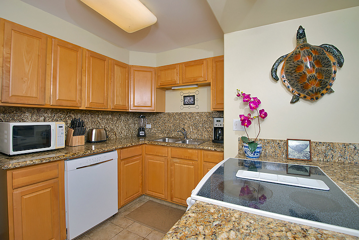 Honokowai-Vacation-Rentals-Maui-Hale-Ono-Loa-121-8-kitchen-1.jpg