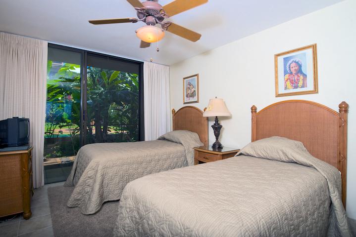 Honokowai-Vacation-Rentals-Maui-Hale-Ono-Loa-121-13-gbed-3.jpg
