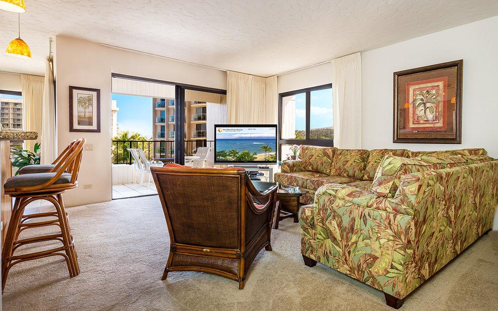 Kaanapali-Alii-171-Maui-Condo-Rental-10-living-room-a.jpg