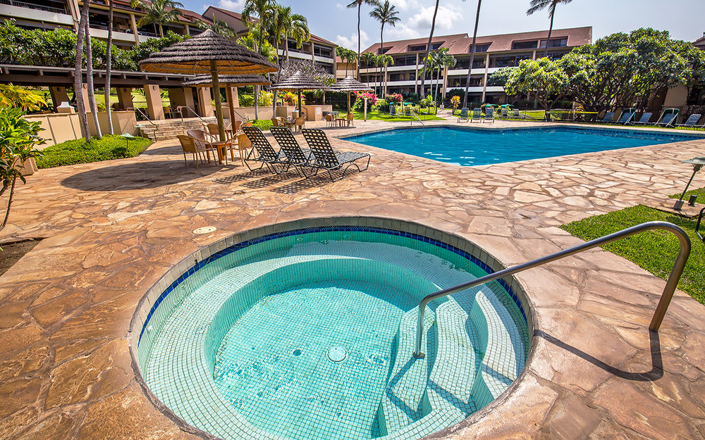 Kaanapali-Royal-Rentals-Maui-KRO-H202-Property-18-Hot-Tub-Pool.jpg