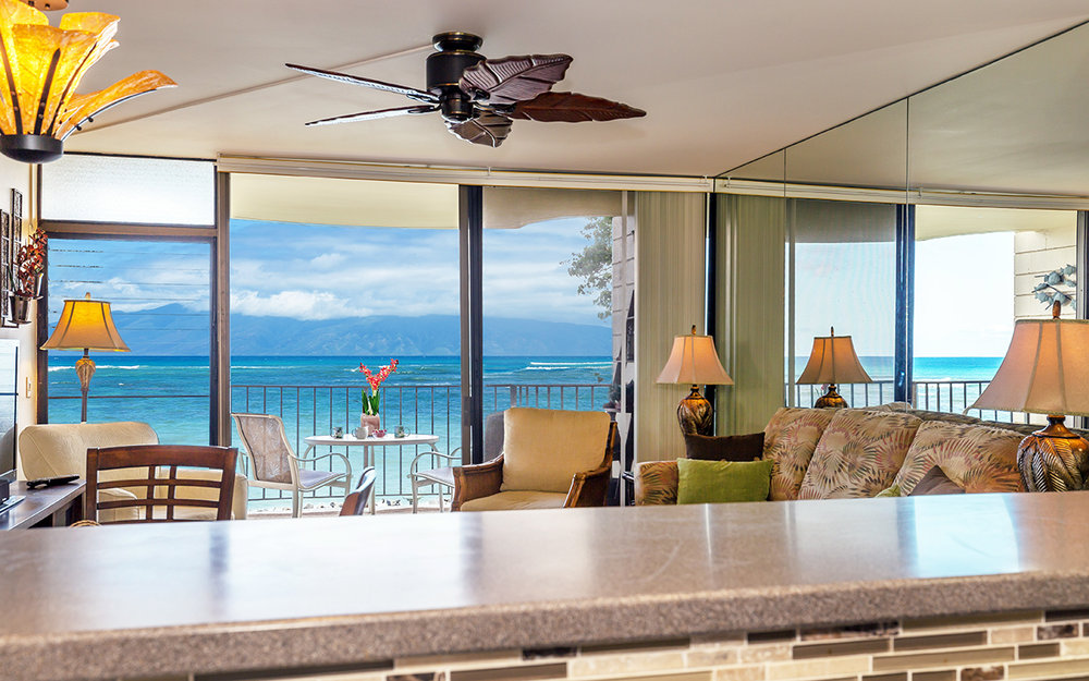 kahana-reef-vacation-condo-rentals-on-maui-KR212-kitchen-g.jpg