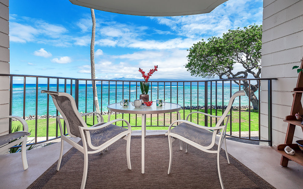 kahana-reef-vacation-condo-rentals-on-maui-KR212-lanai-f.jpg