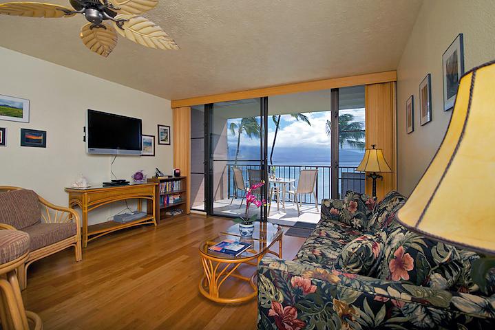 Maalaea-Banyans-Bay-Maui-Condo-Rentals-MB315-2.JPG