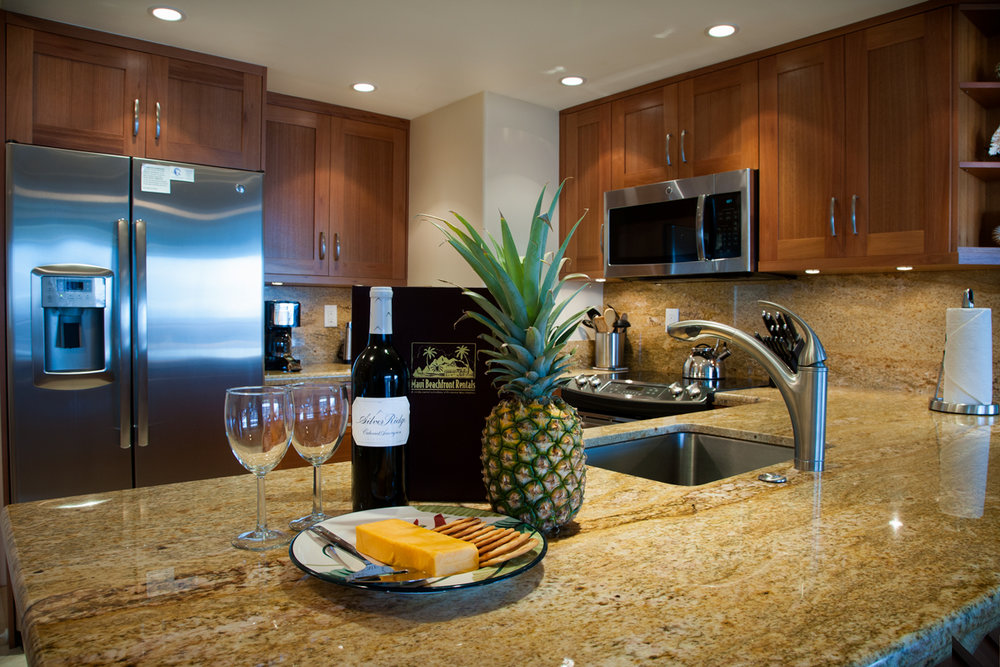 The-Whaler-on-Kaanapali-Beach-Rentals-Maui-WH1007-Kitchen-A.jpg
