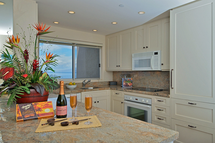 The-Whaler-On-Kaanapali-Beach-Rentals--WH1251 16.JPG