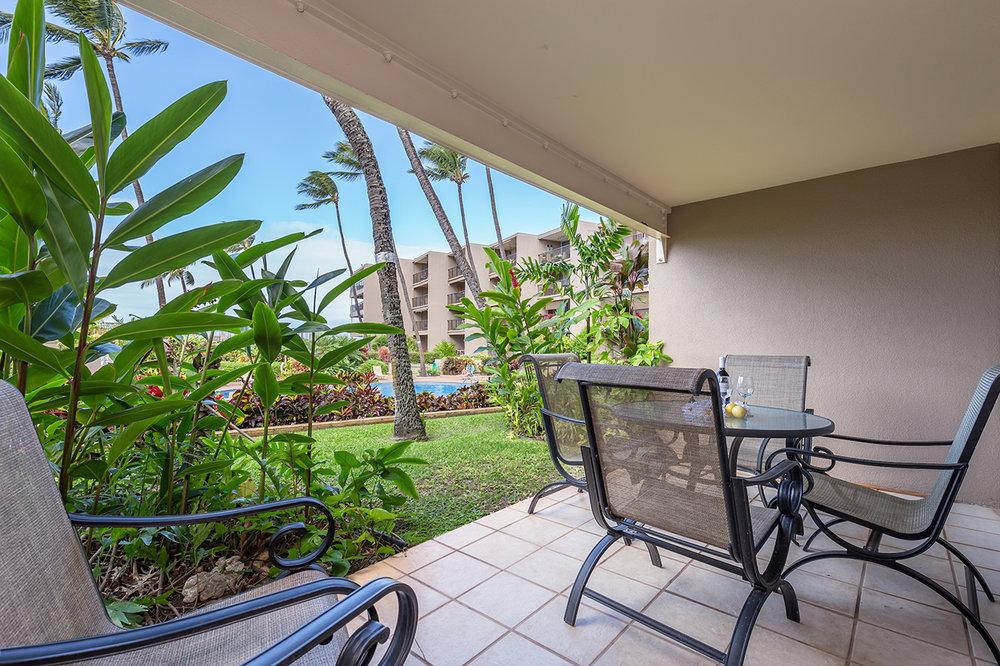 Honokowai-Vacation-Rentals-Maui-Hale-Ono-Loa-115-Lanai-5.jpg