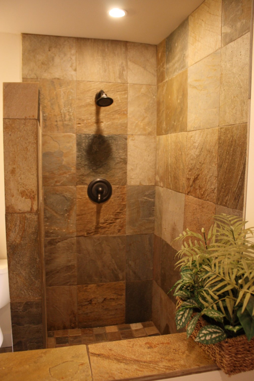 ad108-walk-in shower.JPG