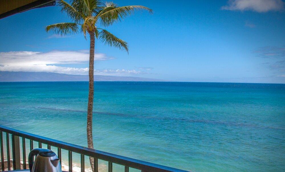 Maui-Vacation-Rental-Condo-Kaleialoha-KL410-14-lanai3.jpg