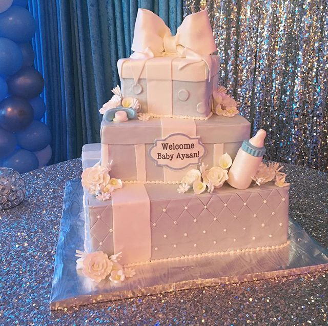 Perfect baby blue and white cake for  a baby shower. Thank you @rustikacafe for providing such a beautiful cake. #babyshowerideas #babyshower #babies #babybluebabyshower #idarashowers