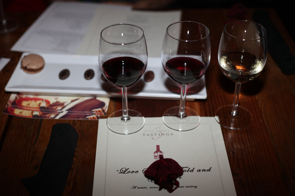 Wine_Flight_Tasting_Dvine_Lounge_Bar.jpg
