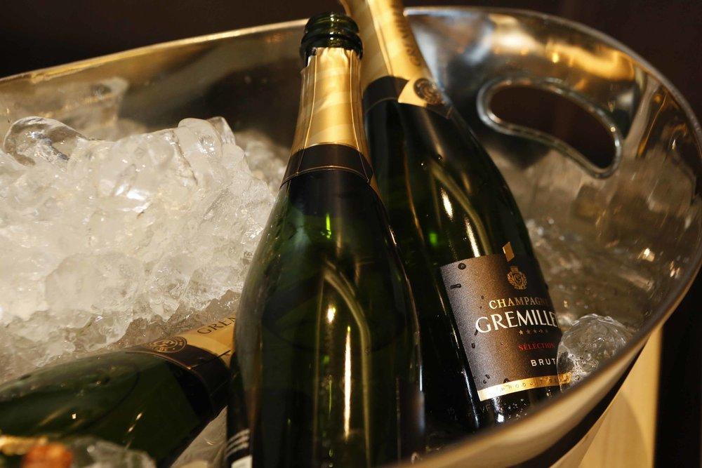 Champagne_Celebration
