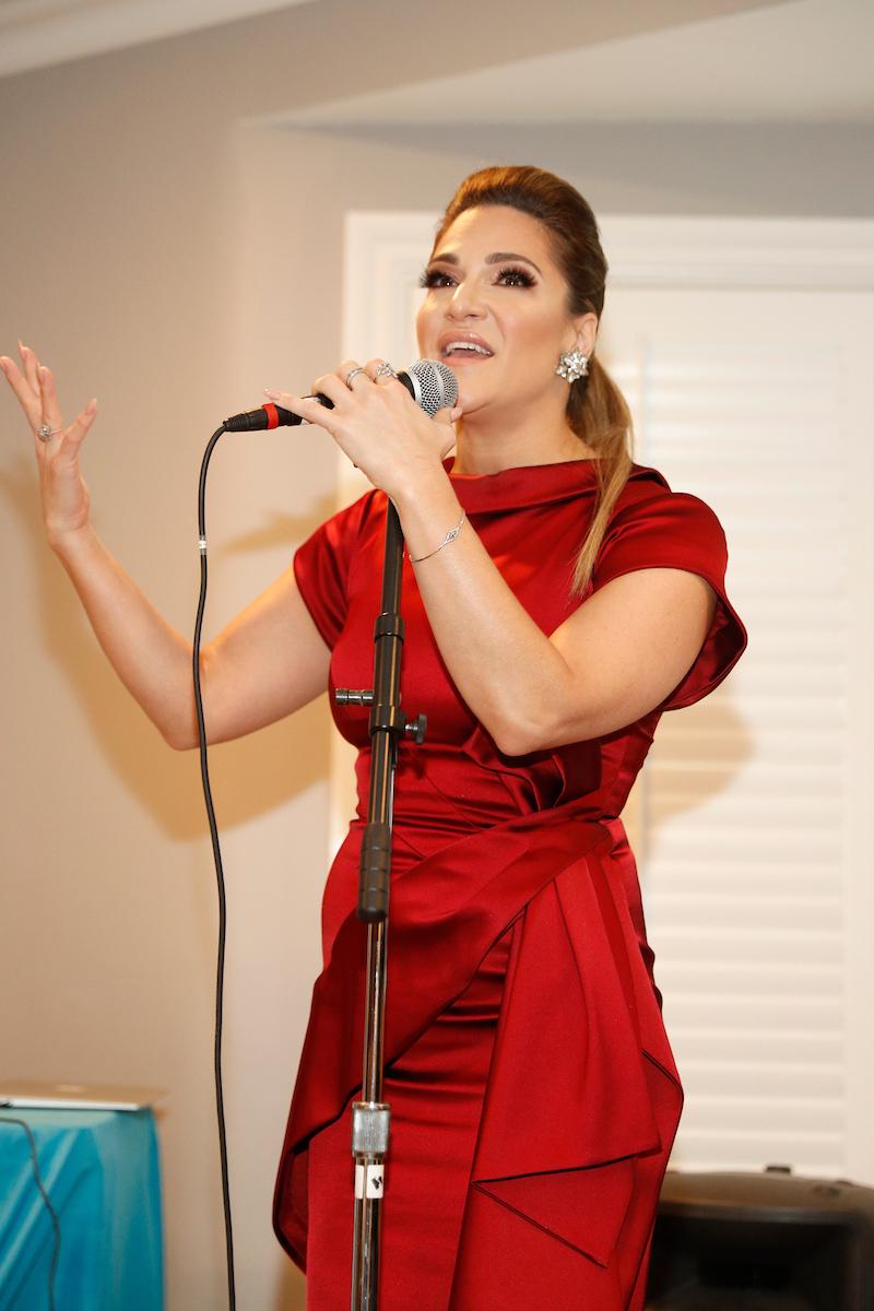 Shoshana Performing 2.jpg