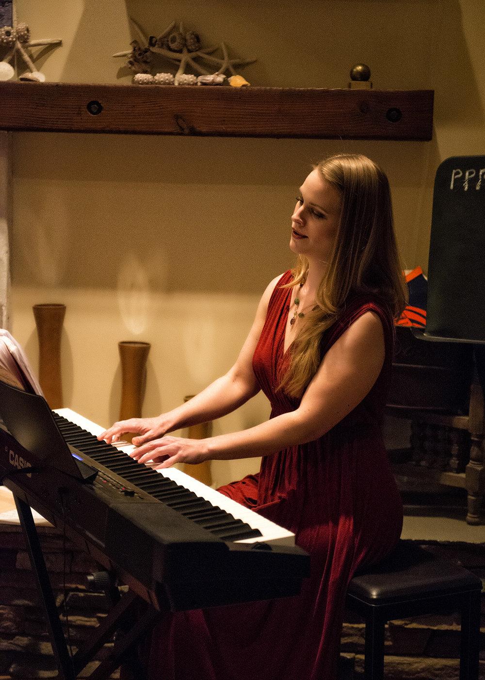 Laurel Sanders plays piano in Pacific Palisades
