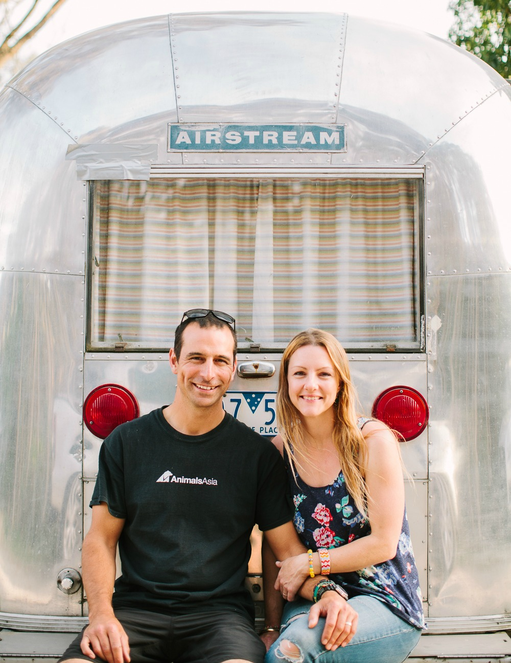 Scott and Jessie with 'Peggy Sue' the Airstream. Photographer: Andrew Northover